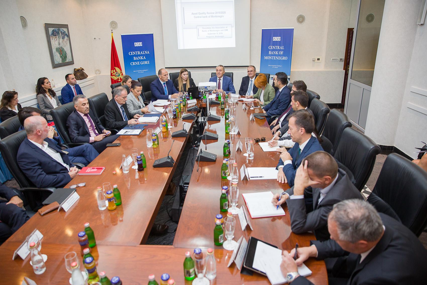 Ekspanzija kredita od 2018. godine: Sa jednog od sastanaka guvernera CBCG Radoja Žugića i direktora banaka