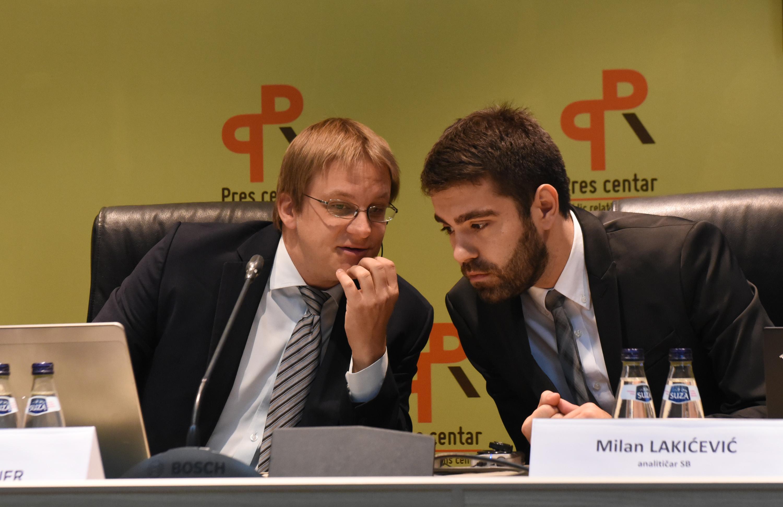 Mark Šifbauer, Milan Lakićević