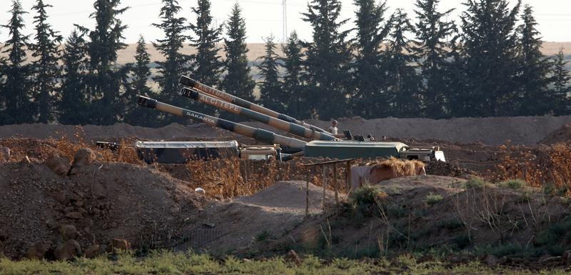 Turska haubica na tursko-sirijskoj granici