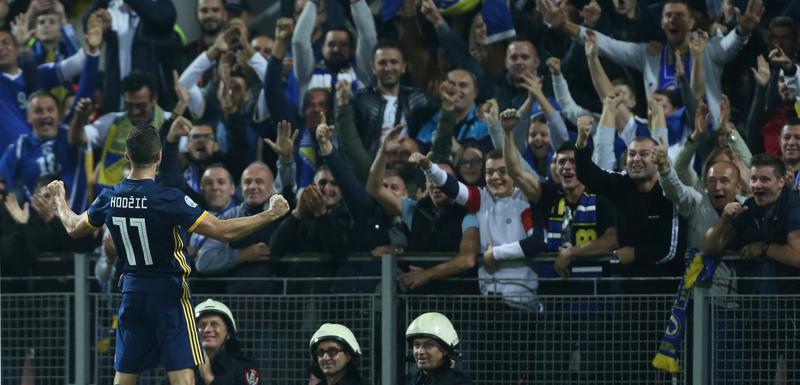 Hodžić slavi gol protiv Finske