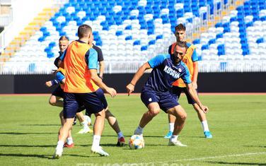 Kosovski fudbaleri na jučerašnjem treningu
