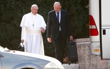 Papa i Đani