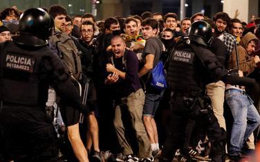Sukob demonstranata i policije na aerodromu u Barseloni