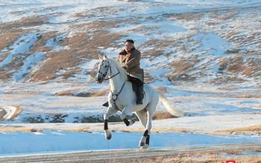 Sjevernokorejski lider na konju