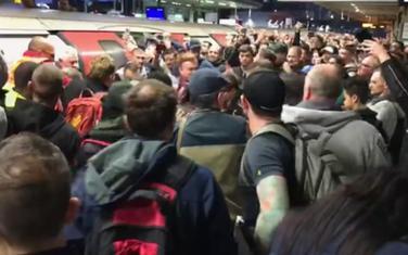 Sukob građana sa demonstrantima
