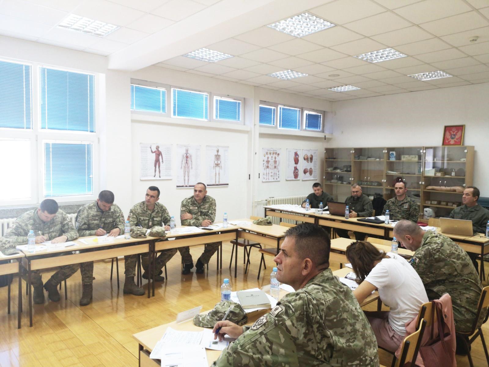 Ministarstvo odbrane, obuka