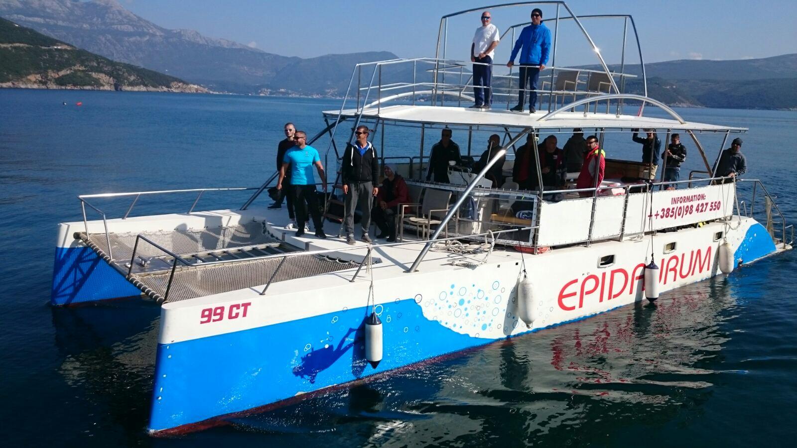Dio učesnika jučerašnje ronilačke ekspedocije