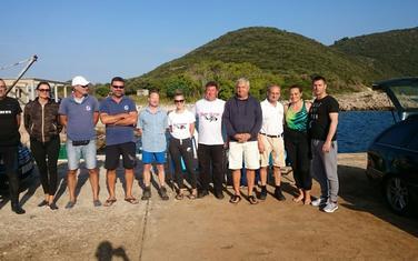 Dio učesnika jučerašnje ronilačke ekspedicije