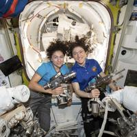 Astronautkinje Kouk i Meir