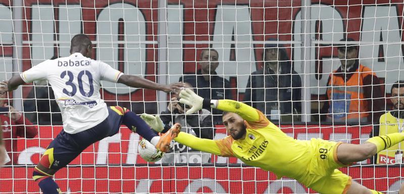 Ne pomaže ni Pioli ni majstorstvo Džalhanoglua: Milanu samo bod protiv Lećea