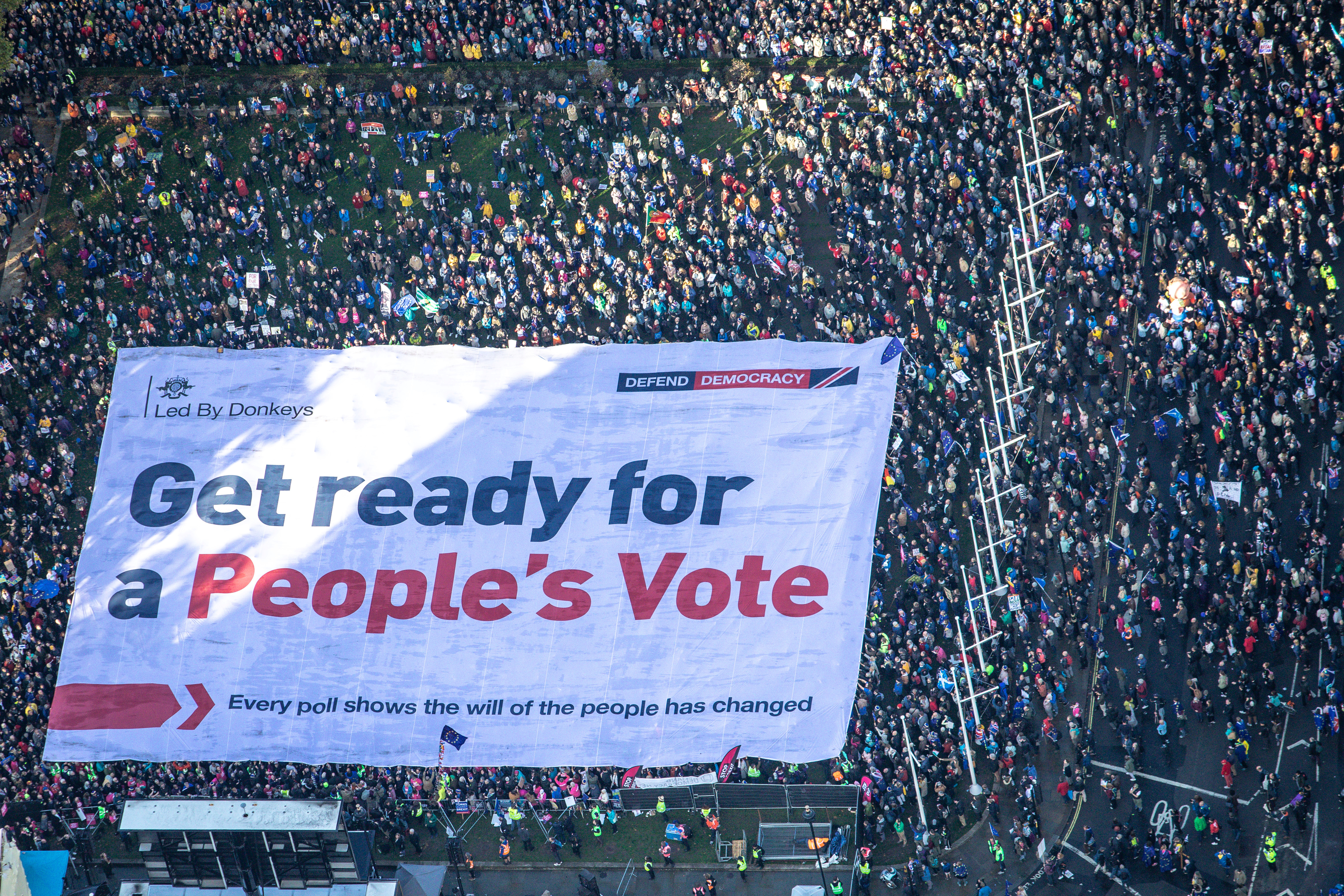 Demonstranti su na protestima u subotu tražili novi referendum o bregzitu