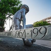 Spomenik Draženu Petroviću u Šibeniku