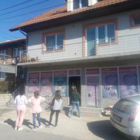 """Market """"Slatka kuća"""" koji je opljačkan u Pljevljima"""