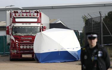 Policija na mjestu gdje su pronađena tijela