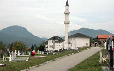 Džamija i groblje u Beranama