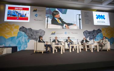 Sa panelu u okviru konferencije Privredne komore