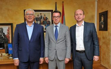 Mandić, Maslenikov i Knežević