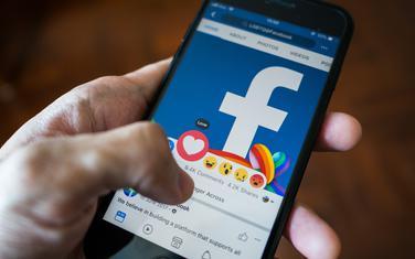 Fejsbuk(Ilustracija)
