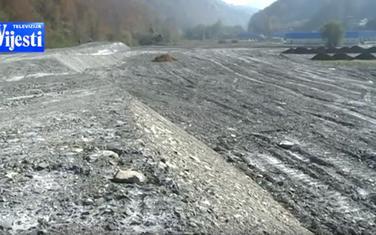 Otpadni materijal umjesto obradivog zemljišta