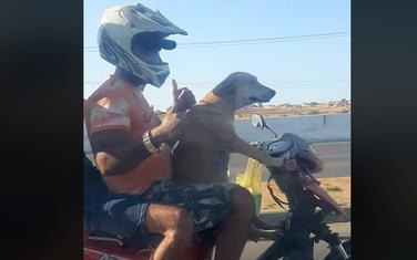 Neobični motociklista