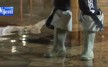 Dragutinović sada nemože  bez gumenih čizama da prođe kroz dio kuće koji je nekada bio konoba