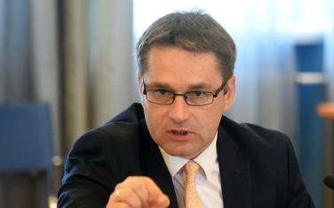 Vlada preuzima posao Odbora: Rudović