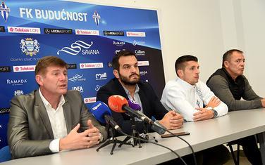 Smrknuta lica na predstavljanju novog trenera: Milinković, Ivanović, Zarubica i Milošević