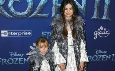 Selena Gomez sa sestrom Gracie Teefey
