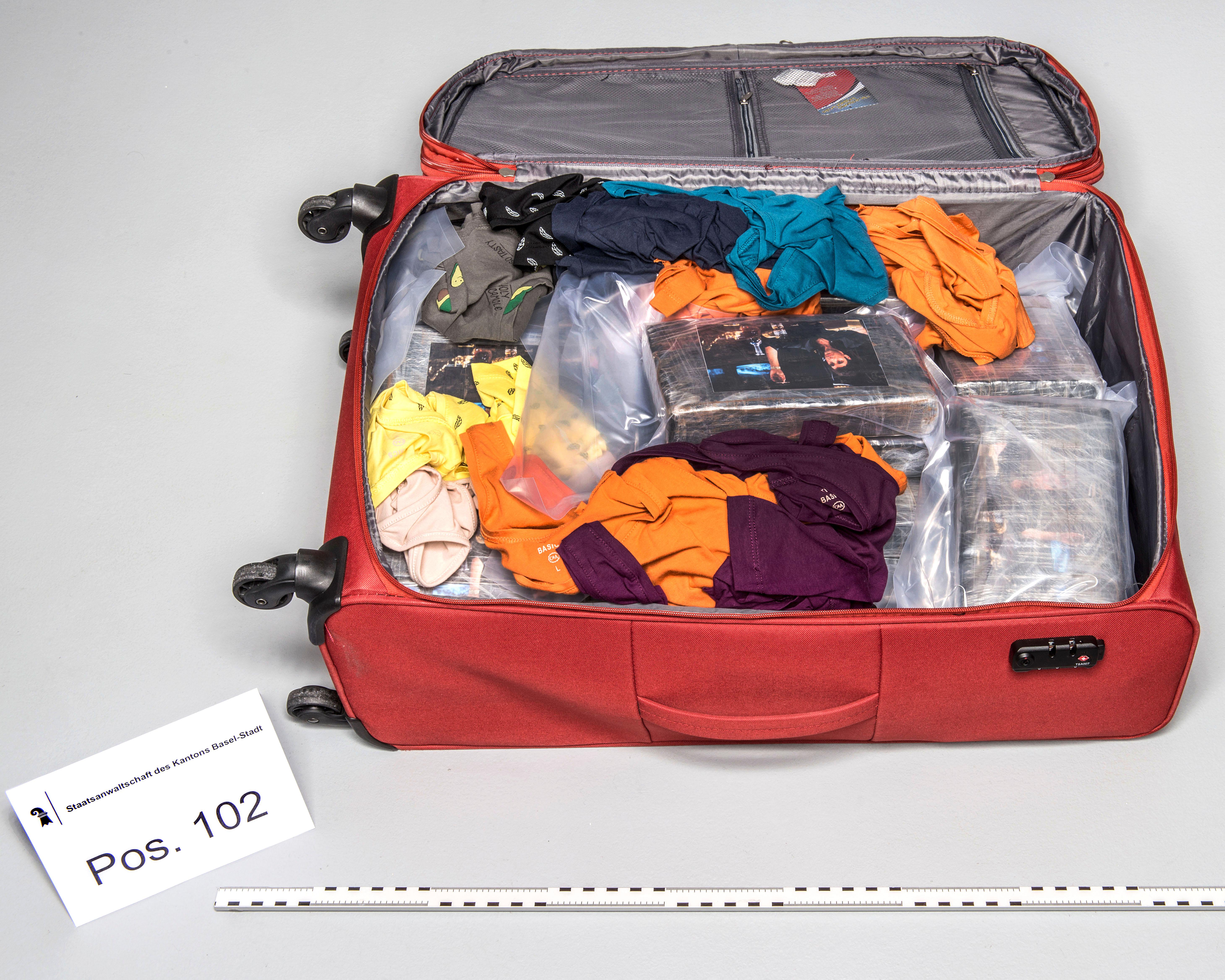Zaplijenjeni kofer