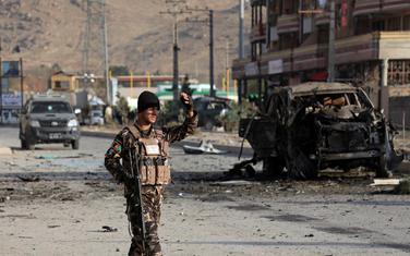 Pripadnik avganistanskih bezbjednosnih snaga na mjestu napada