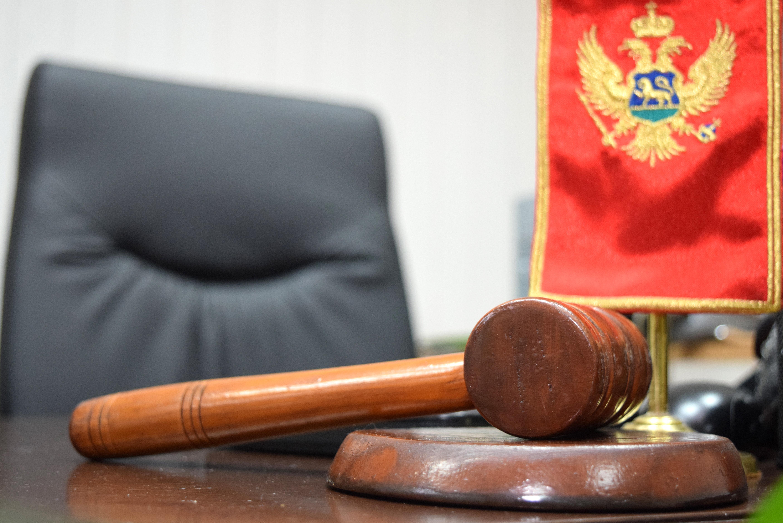 Suđenje, sud, presuda