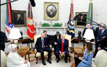 Previše zauzet da bi pratio: Tramp je juče ugostio Erdogana