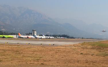 Sa tivatskog aerodroma