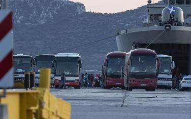 Autobusi kojima se prevoze migranti