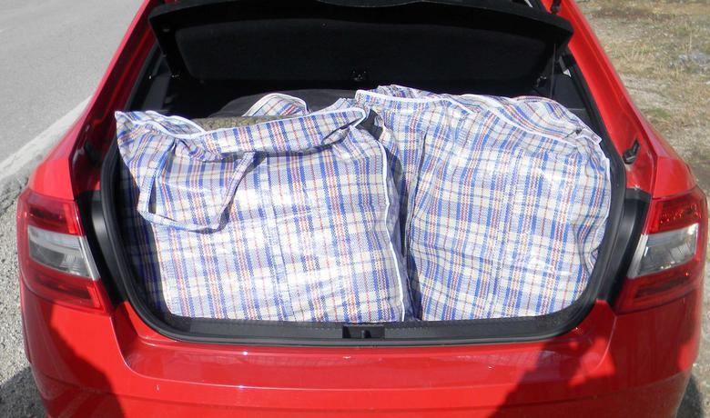 Droga pronađena u prtljažniku automobila