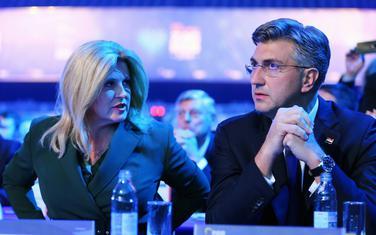 Grabar Kitarović sa Plenkovićem na Kongresu