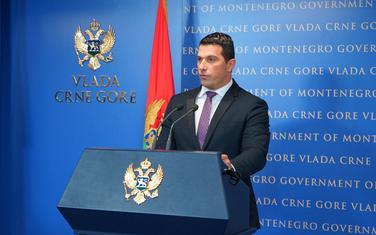 Ministar sporta i mladih, Nikola Janović