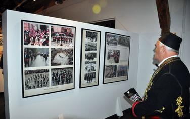 Sa izložbe u Tivtu