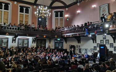 Sa debate u Kembridžu