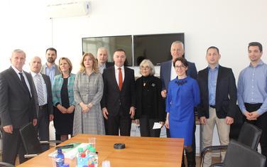 Članovi Državne izborne komisije sa predstavnicima OEBS-a