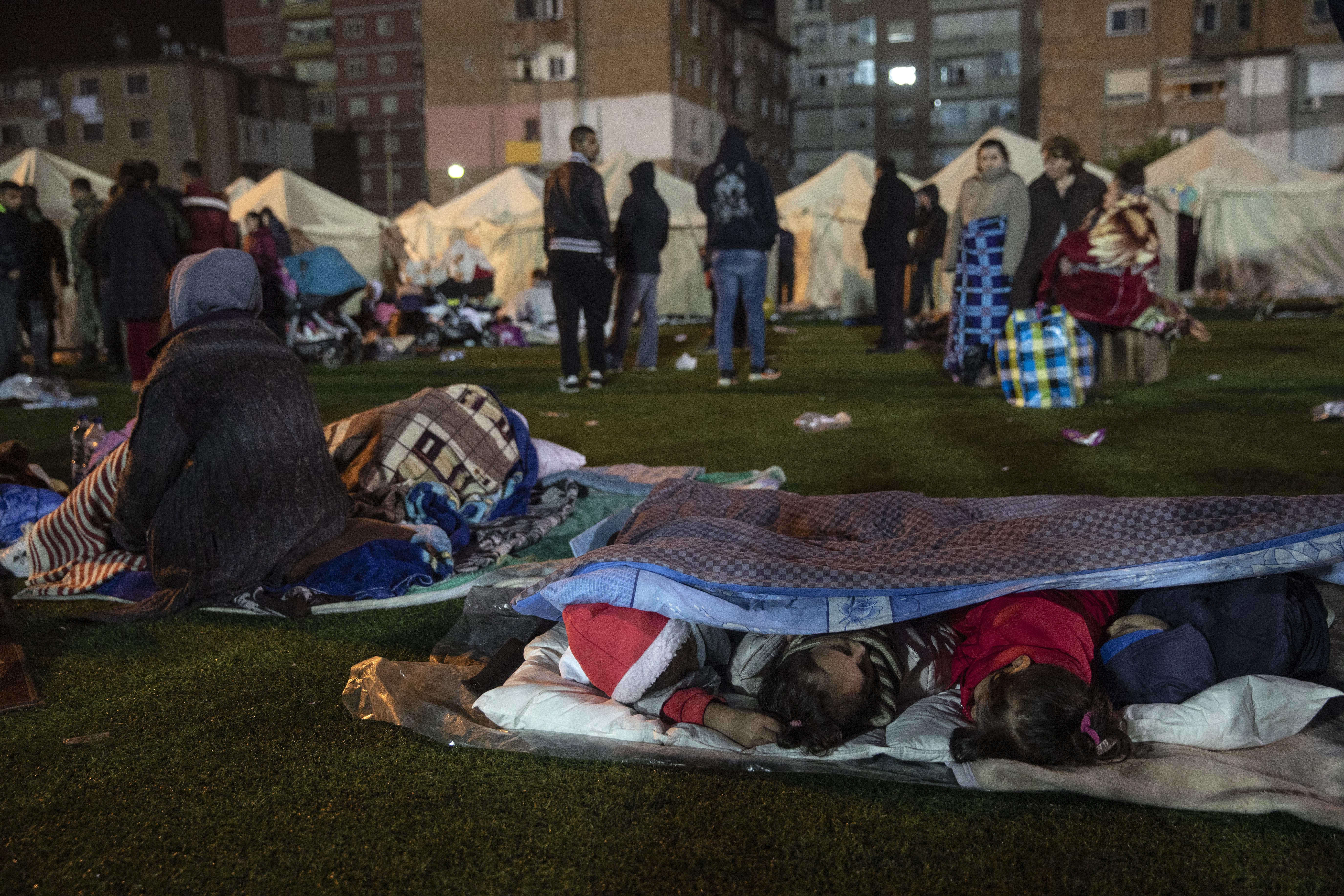 Građani spavali na otvorenom