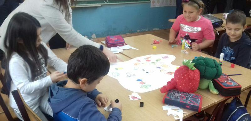 Program podrazumijeva besplatnu podjelu proizvoda djeci tokom školske godine