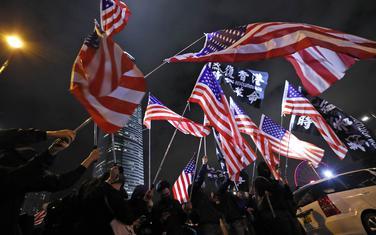 Demonstranti zahvalili SAD zbog novog zakona