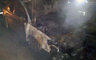 Automobil nakon ugašenog požara