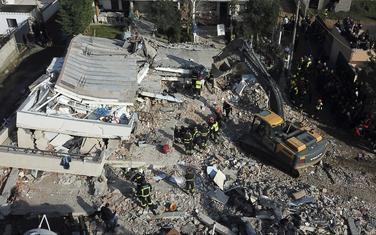 Detalj iz Drača nakon zemljotresa