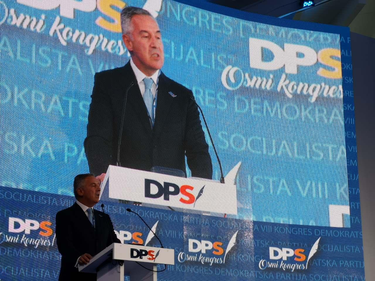 Đukanović na kongresu