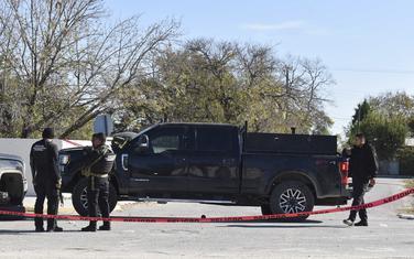 Meksička federalna policija na blokadi puta