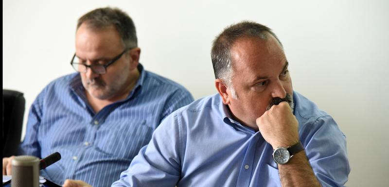 Mirković (desno)