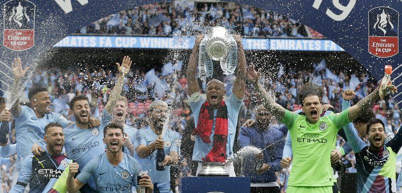 Trofej brani Mančester siti