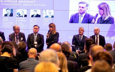 Bregu na konferenciji u Briselu
